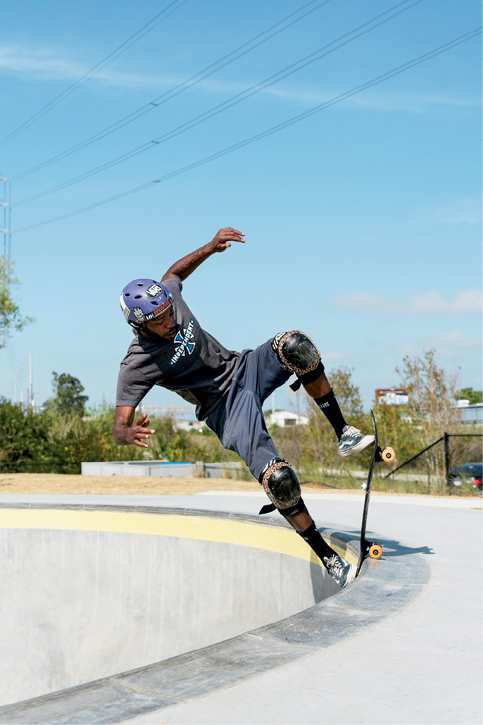 """Jason Coulter """"blunt to fakie"""" in the Pro Bowl"""