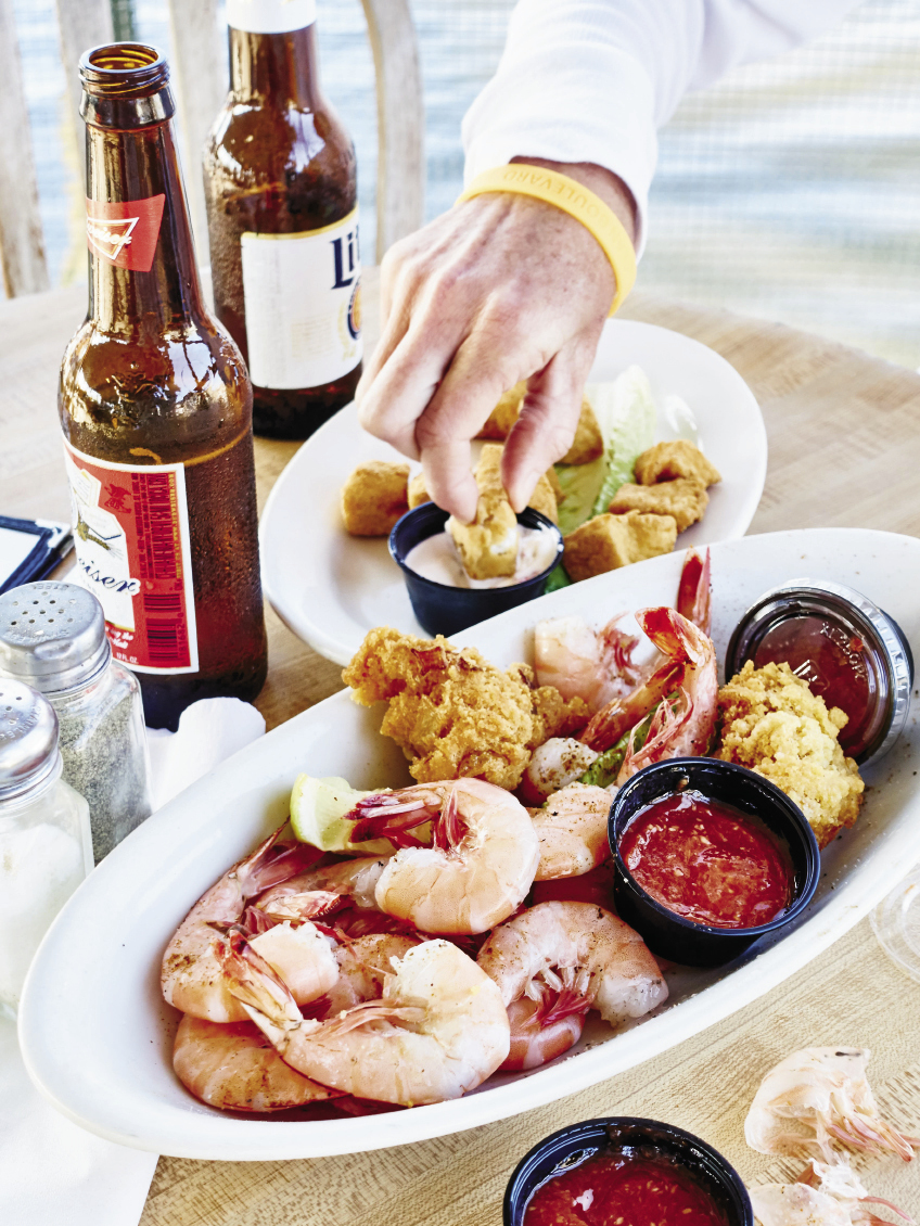 Edisto Island: Shrimp at Dockside Bar & Grill