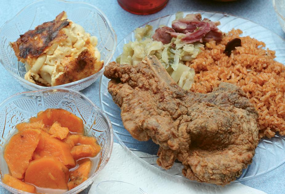Meat 'N 'Three: Bertha's Kitchen