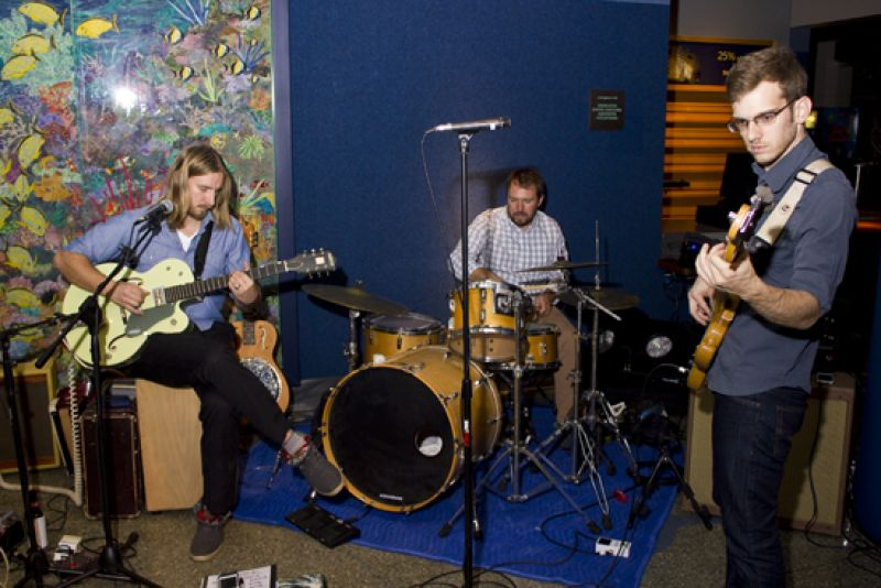 Live entertainment by Charleston band, HoneySmoke