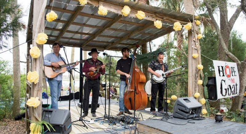 The Southern Flavor Bluegrass Band cranked out twangy tunes.