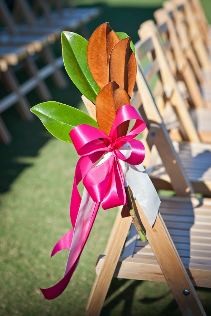 SMART MOVE: Turning magnolia leaves in different directions created two-hued accent pieces.
