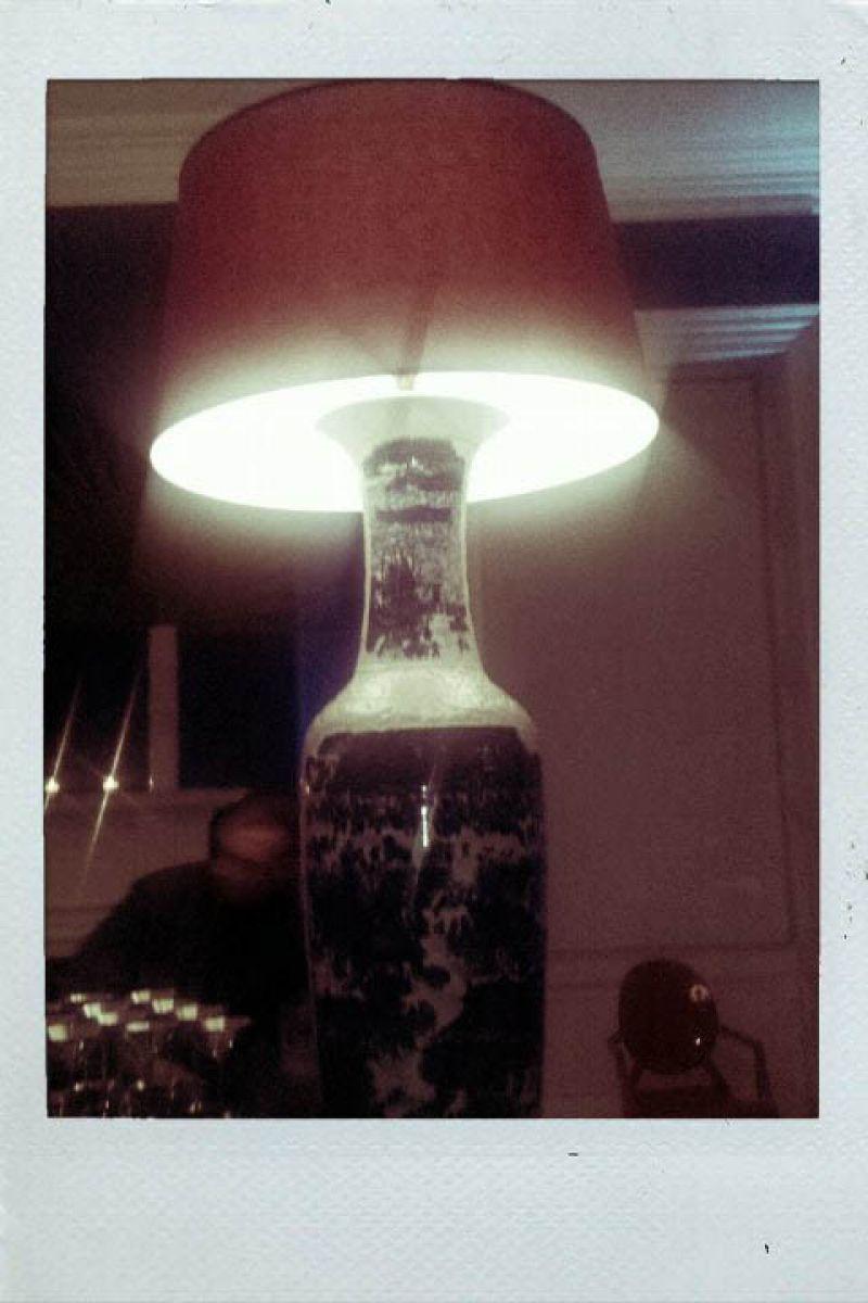 Amazing oversized lamp decor!