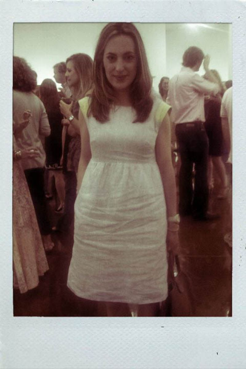 Rose in a chic shift dress!