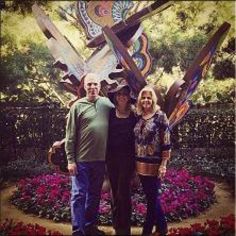 Family Ties: Elise with her parents, Victor and LuAnne, at the Wynn hotel in Las Vegas for American Idol episode 11, when the judges cut the contestants from 70 to 42