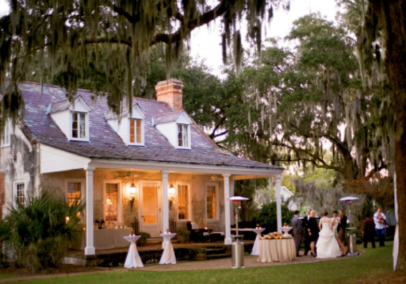 Our moderate winters mean warm drinks (Alicia and Seth offered toddies and warm brandied cider) and space heaters enable everyone to take in majestic Lowcountry landscapes year-round, like those at Pinckney Retreat.