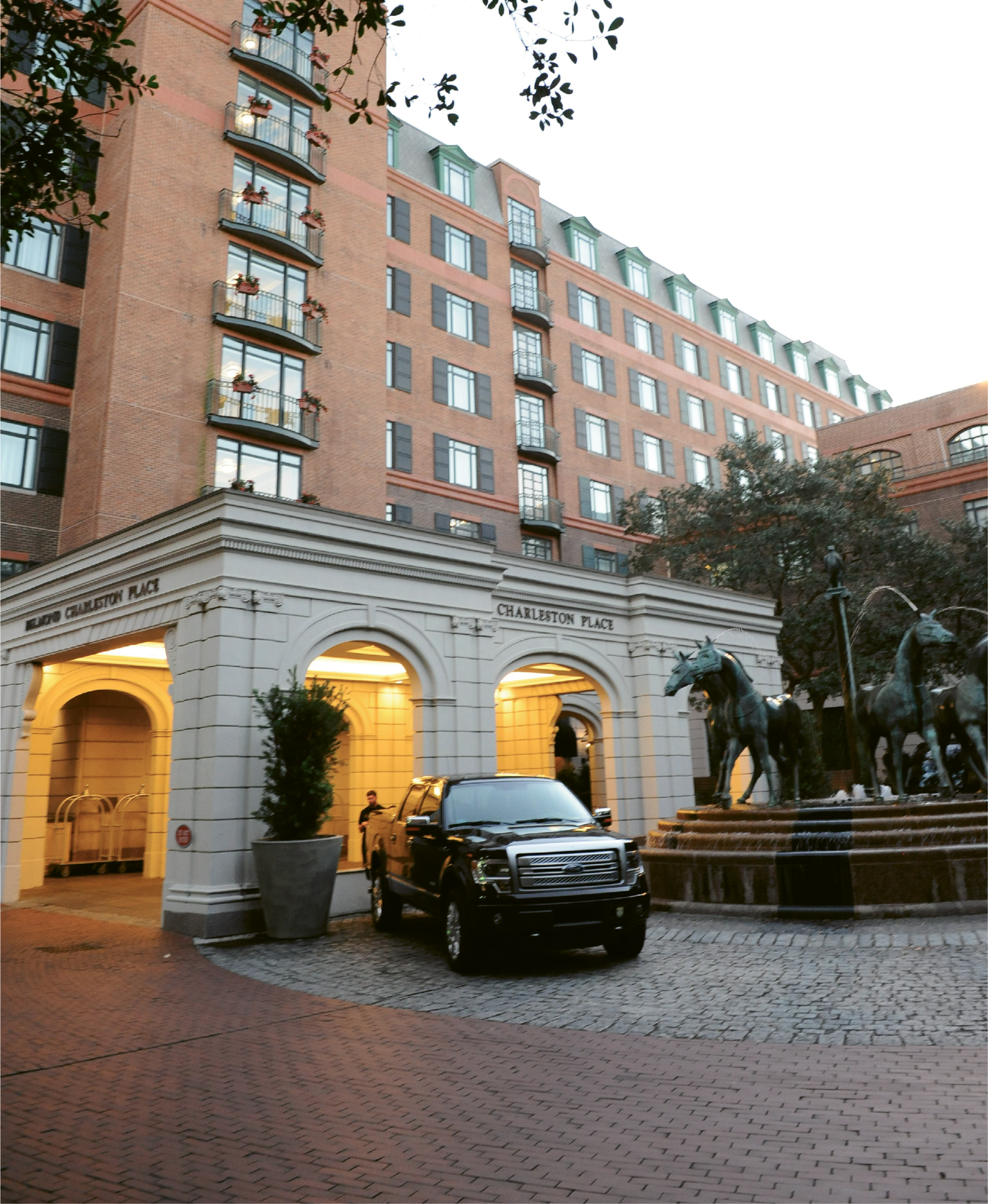 Charleston Place, now under the global Belmond brand, celebrated its 30th anniversary last year, completing renovations on all of its guest rooms as well as the Thoroughbred Club and adding more amenities, such as the new pub, Meeting at Market.